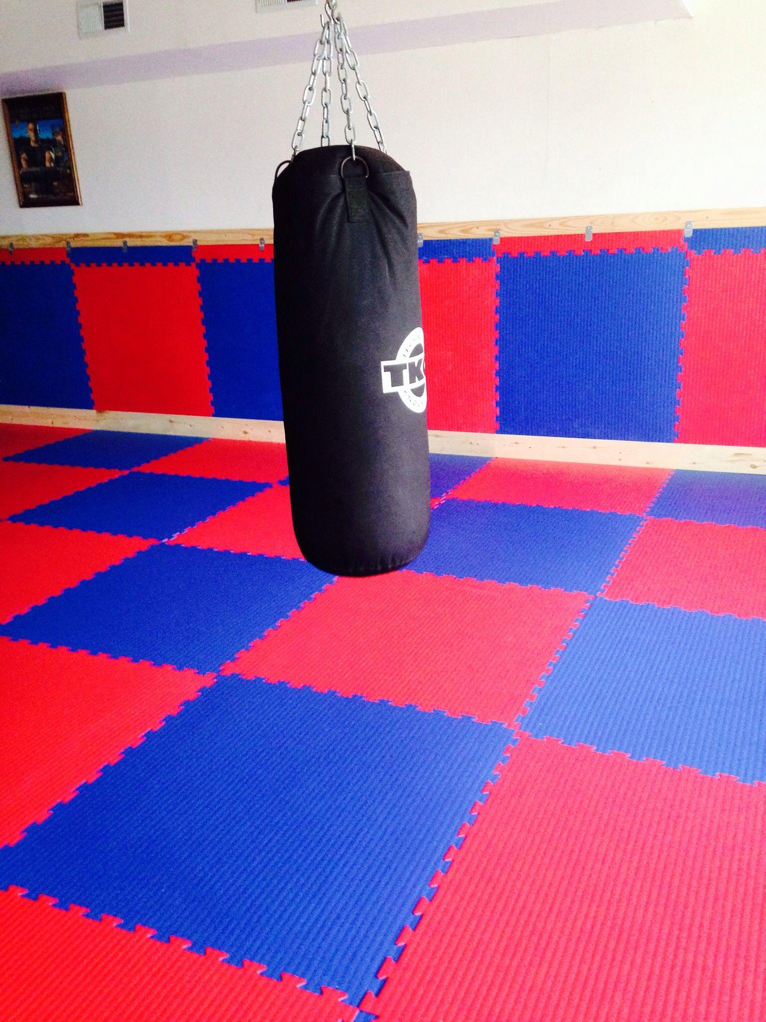 Grappling And Mma Mats For Bjj Jiu Jitsu Dojo And Studios Mma Mat Martial Arts Mats Grappling Mats