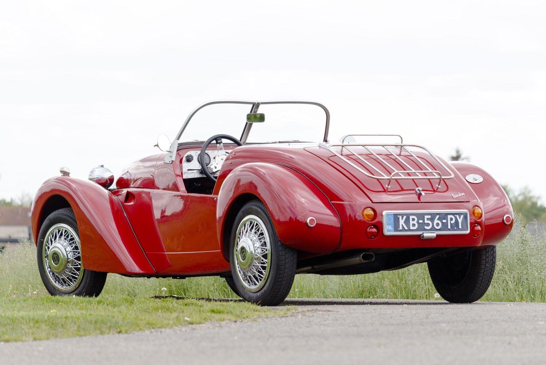 Pin By Patrick Vandening On Burton 2cv Collection Burton Car Burton 2cv Antique Cars