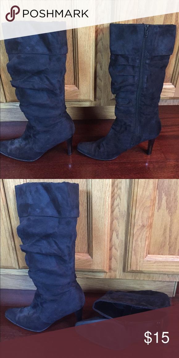 1e42b25414a Size 9 White Mountain boots Soft fabric black boots. Size 9 medium ...