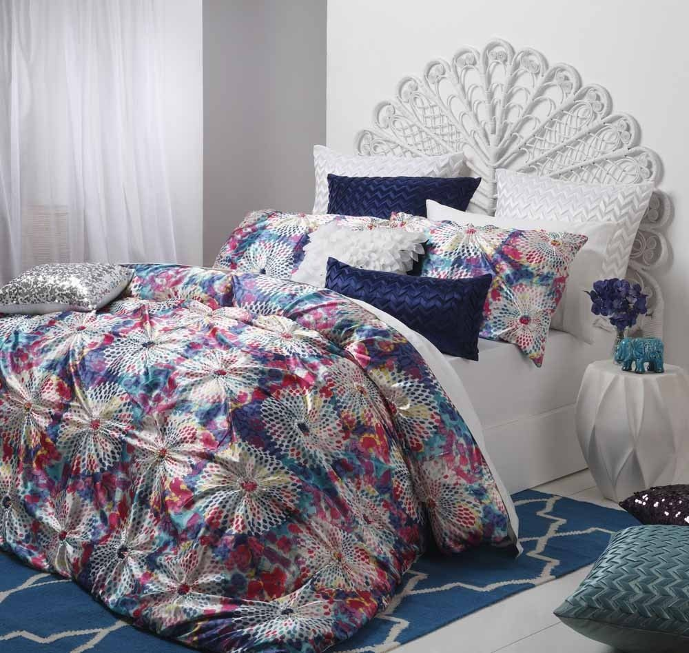 Logan and Mason Aurora Jewel Duvet Cover Set Quilt cover