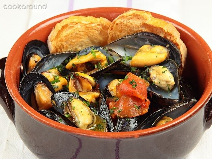 Zuppa di #cozze http://www.puntoricette.it/Ricetta/ricetta-zuppa-di-cozze/ #ricetta #ricettefacili #ricetteveloci