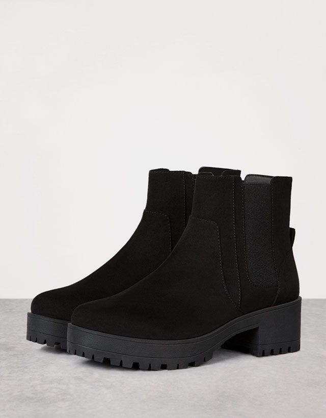 945a46084 Ver Todo - MUJER - ZAPATOS - Bershka Colombia | Shoes in 2019 | Flat ...