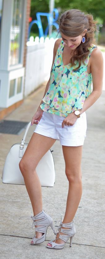 cute ways to wear a cami top 12