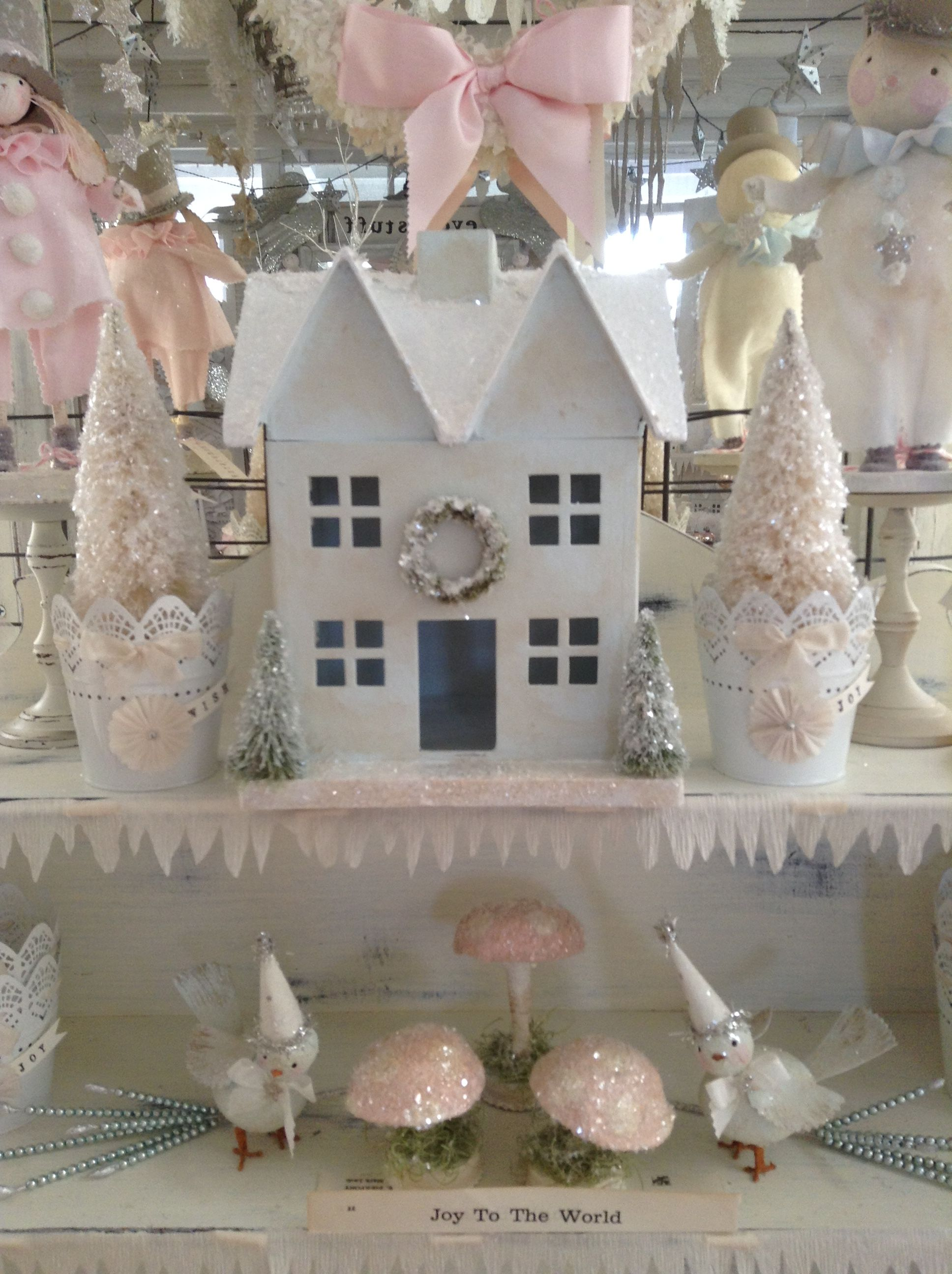 Pin by Jeanine Laissue on Glitter Houses | Pinterest | Pink ...
