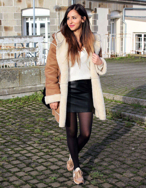 random hot model   Skirt and sneakers