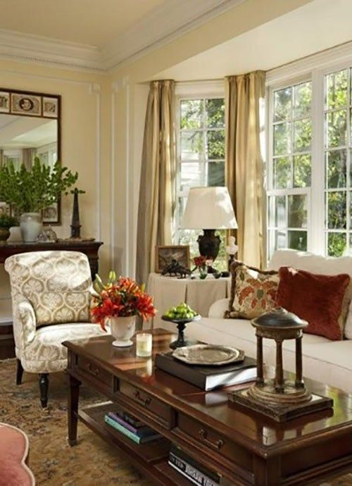 Traditional Victorian Colonial Living Room By Timothy Corrigan With Images: The Layout Of The Dutch Residence Is Full Of Information And Processing Of Stylish Classic Types