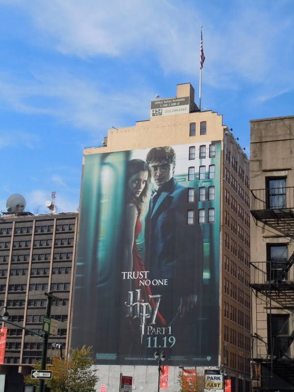 Harry Potter Deathly Hallows Giant Nyc Billboard Harry Potter Deathly Hallows Wizarding World Of Harry Potter Deathly Hallows