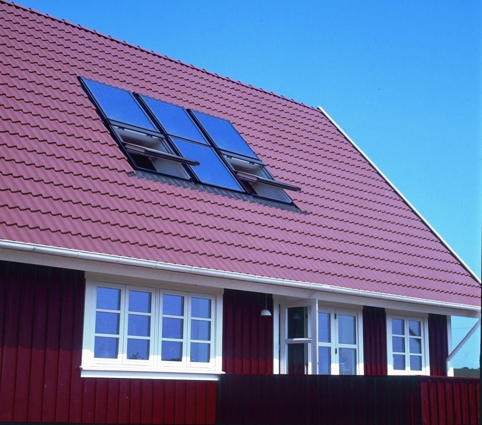Creer Toits Recherche Interessantes Pour Vos Maisons Avec Bac Acier Imitation Tuile Et Tole Imitation Tuile Tuile Roof Solar Panel Roof Tiles Outdoor Decor