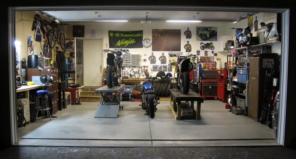 motorcycle garages only page 21 the garage journal board motorcycle workshops pinterest. Black Bedroom Furniture Sets. Home Design Ideas