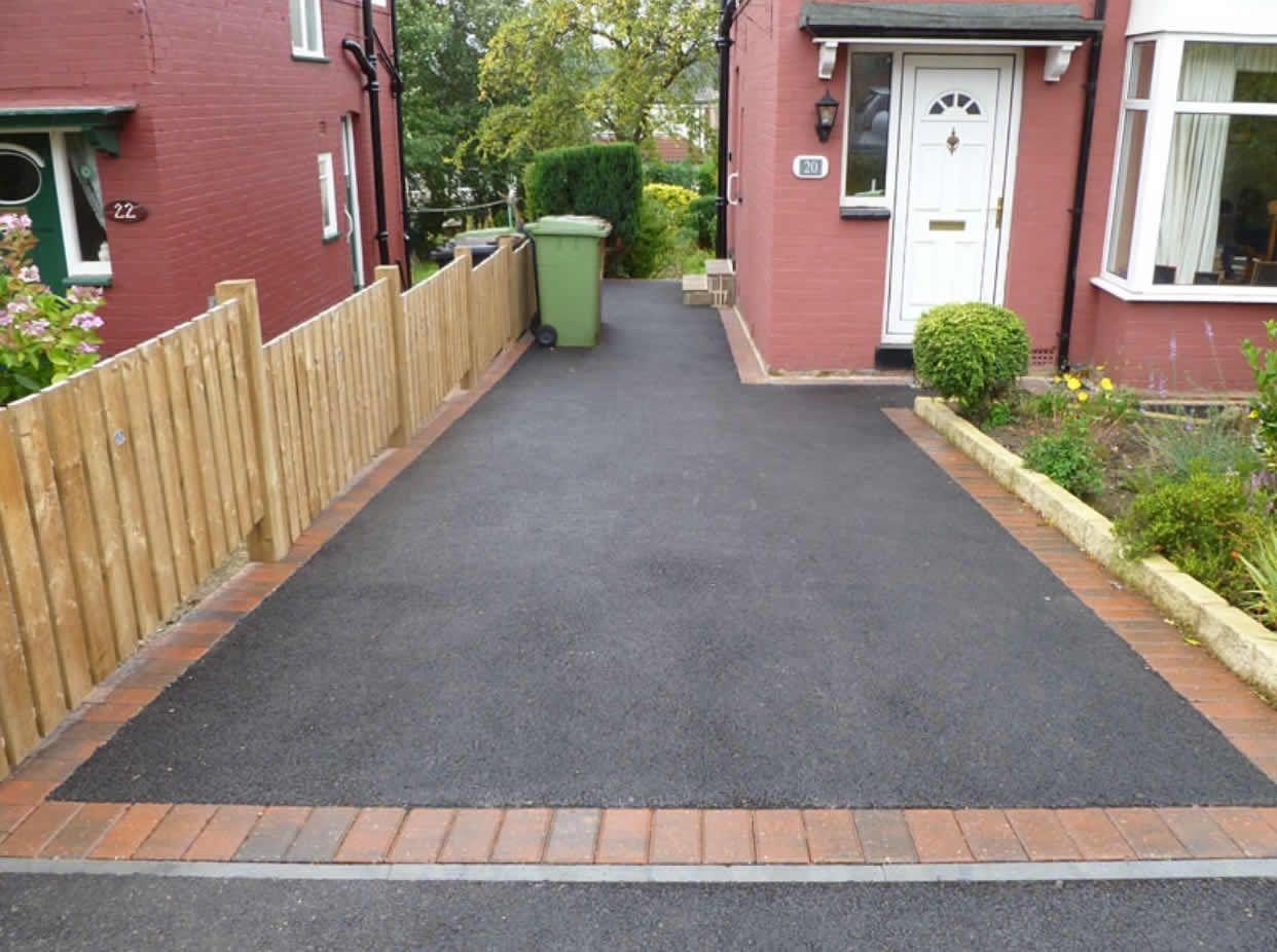 Tarmacadam drive | Landscape ideas front yard curb appeal ...