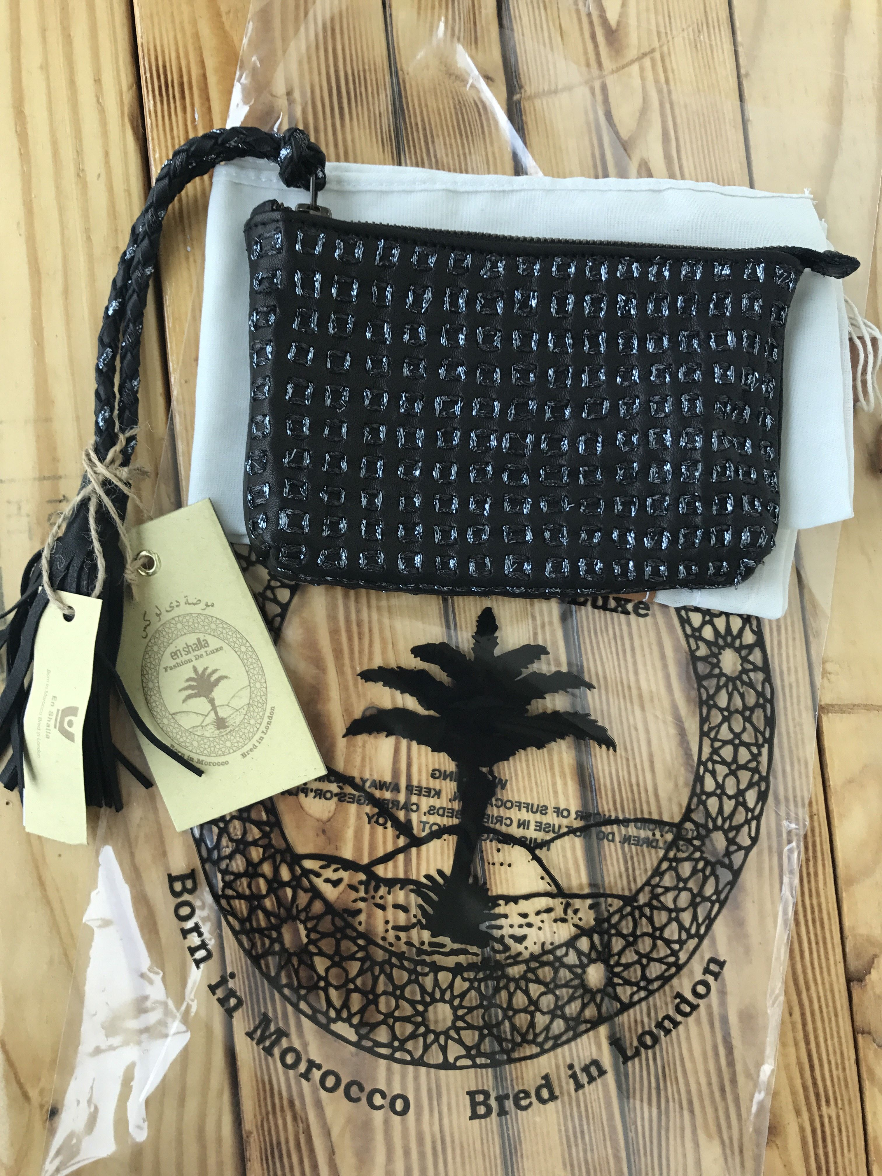 엔샬라가방:모로코에서 태어나고 영국브랜드. 정통 프린지가방의 대명사 모로칸 엔샬라가방>>> boaofartbag.com,남자를 가슴 설레게하는 가방,보아가방,보아백,남심 저격가방,선물용가방
