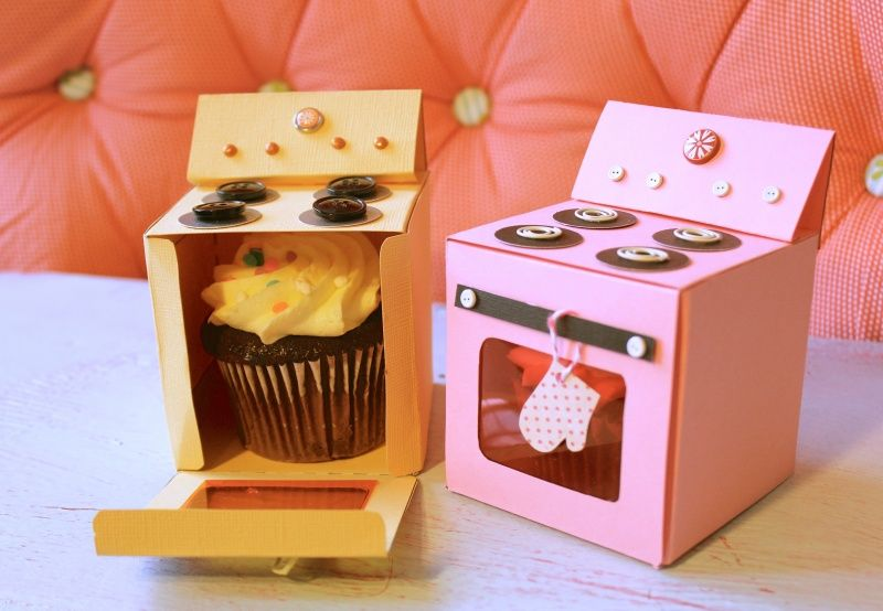 NEW Cupcake Box Cup Cake Box Boxes  Pink Dolls House Shape x 2 Houses