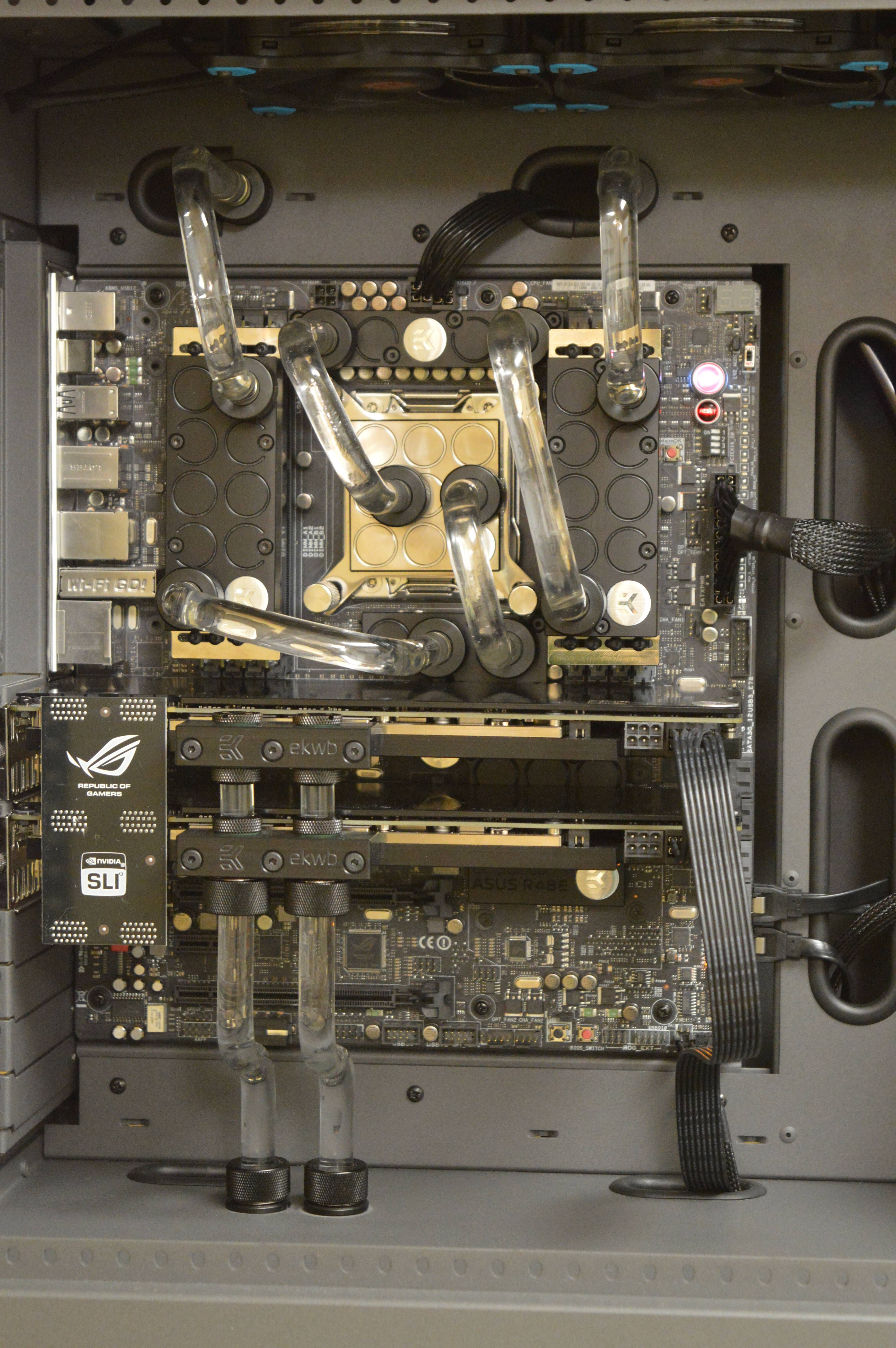 Project Cherenkov - Hard Acrylic Liquid Cooled PC Build in ...