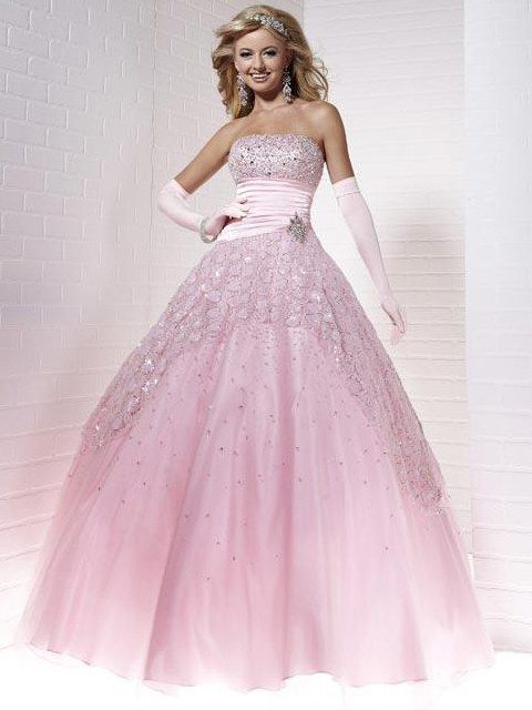 I wish I had somewhere to wear this too!