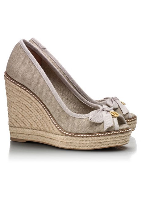 75893b03f3a A new pair of espridils says summer to me. tory burch | Style ...