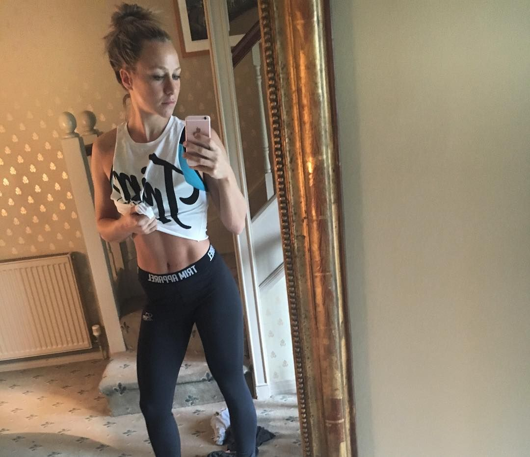 Hacked Chloe Madeley naked (29 foto and video), Topless, Is a cute, Twitter, panties 2017