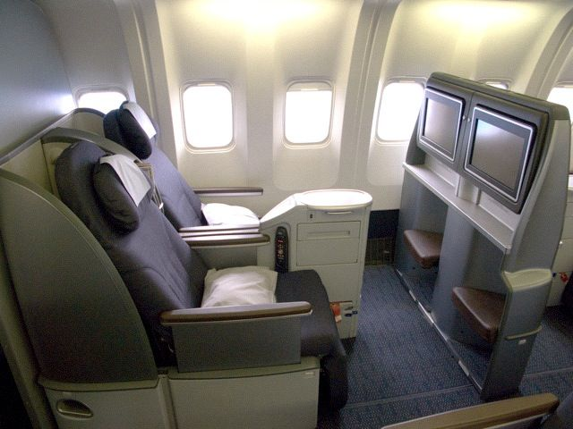 United Airlines First Class Seats Business Class Tickets Business Class First Class Seats