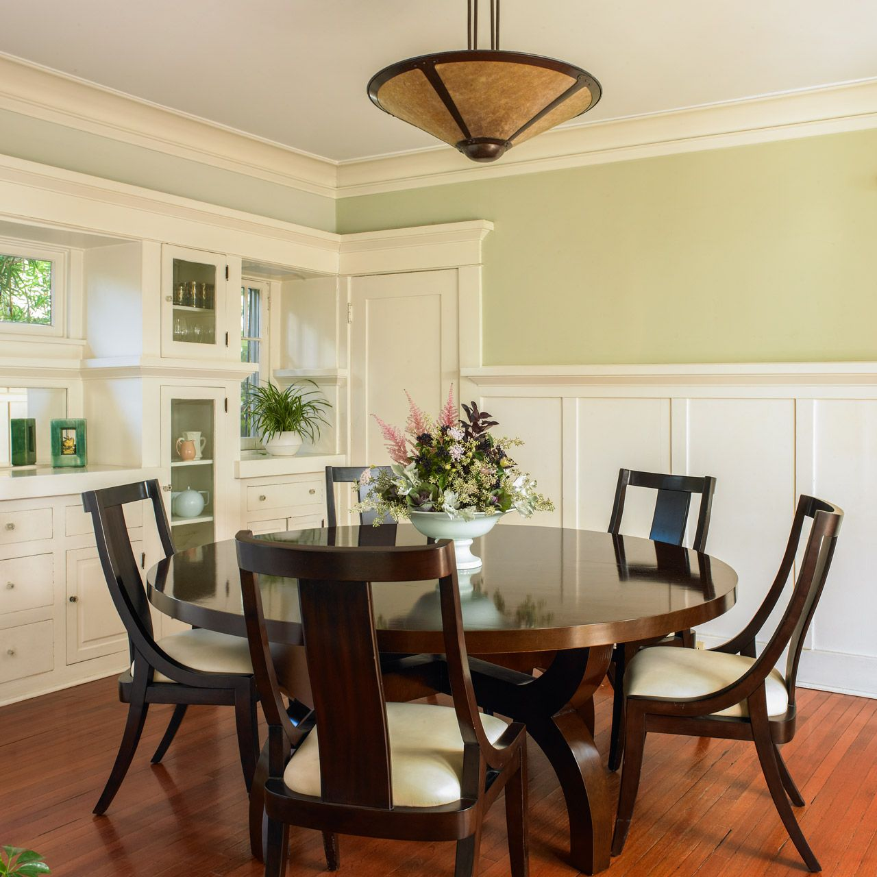Dining Room Paint Schemes: Dunn-Edwards Paints Paint Colors: Walls: Huntington Garden