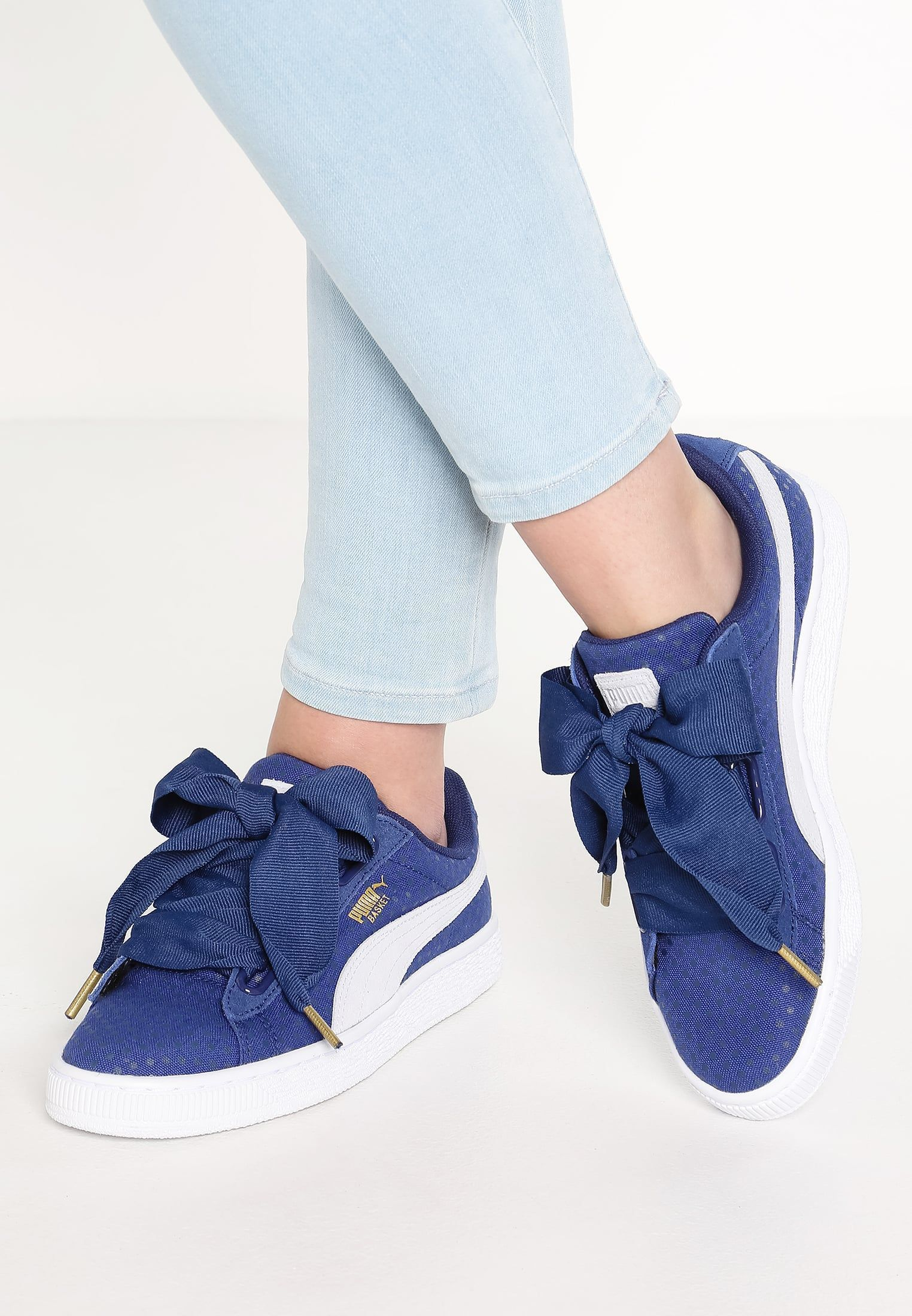 finest selection 5be5b fd307 Puma BASKET HEART - Sneakers laag - twilight blue/halogen ...