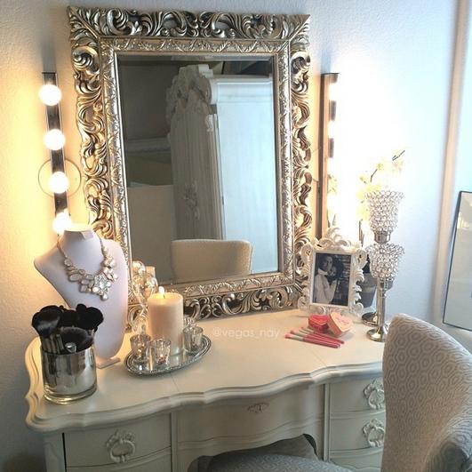 Ikea musik lights antique mirror vanity spray painted - Vanities for bedrooms with lights ...