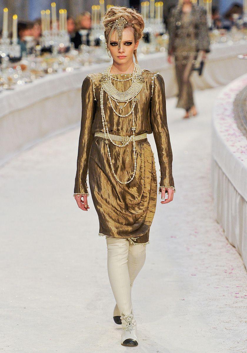Bronze. Chanel Pre-Fall 2012 | vogue.com