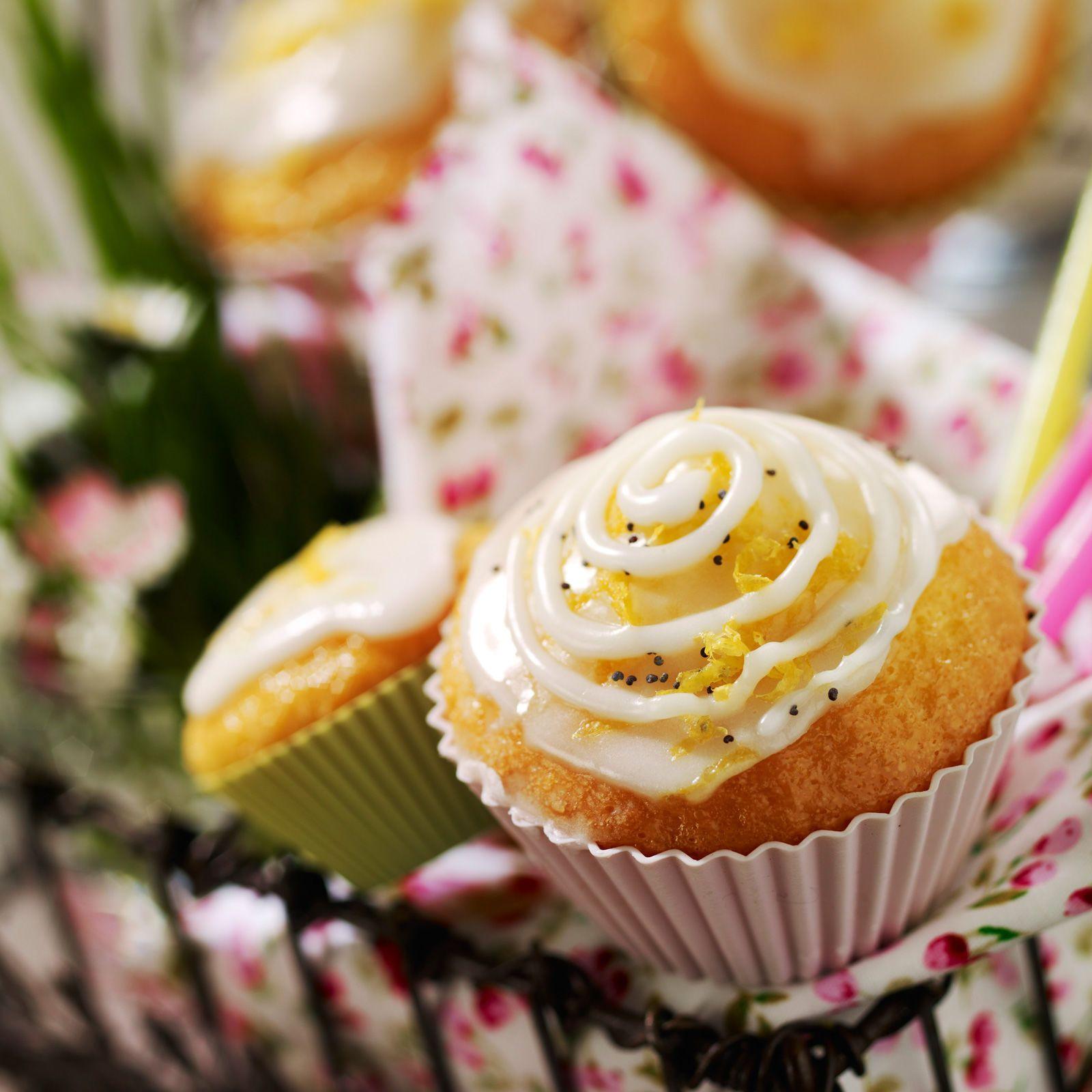 Cupcakes Façon Bakewell Tart Recette En 2019 Cupcakes Recette