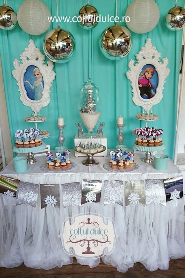 Frozen Candy Buffet Elsa Theme Elsa And Ana Frozen Candy Bar Dessert Table Sweet Table Coltul Dulce Frozen Candy Buffet Dessert Bars Candy Buffet