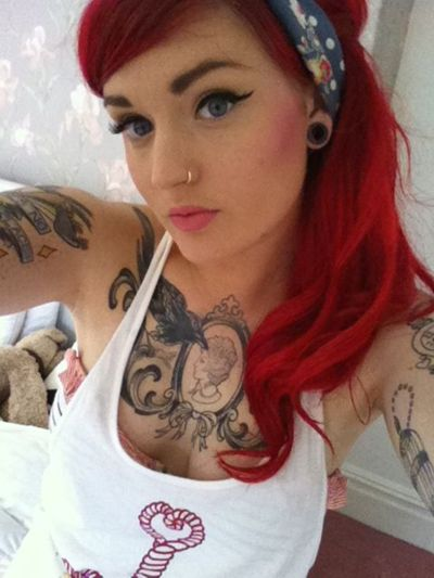 Hair Colour And Winged Eyeliner. Mmm.