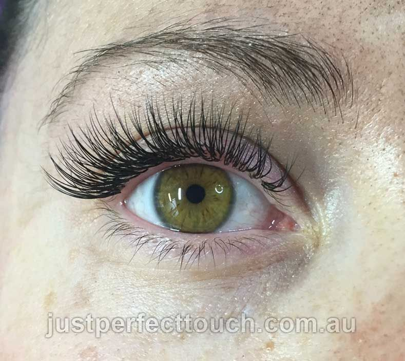 4a9856d7221 Classic eyelash extensions | Lashes in 2019 | Eyelash extensions ...
