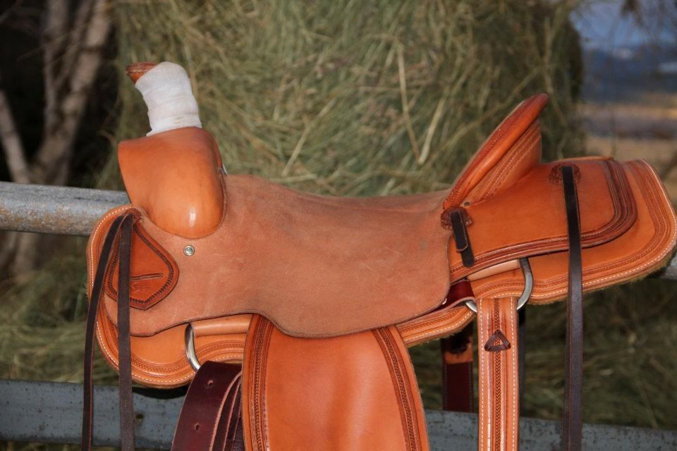 Team roping / association style saddle, custom made by Randy