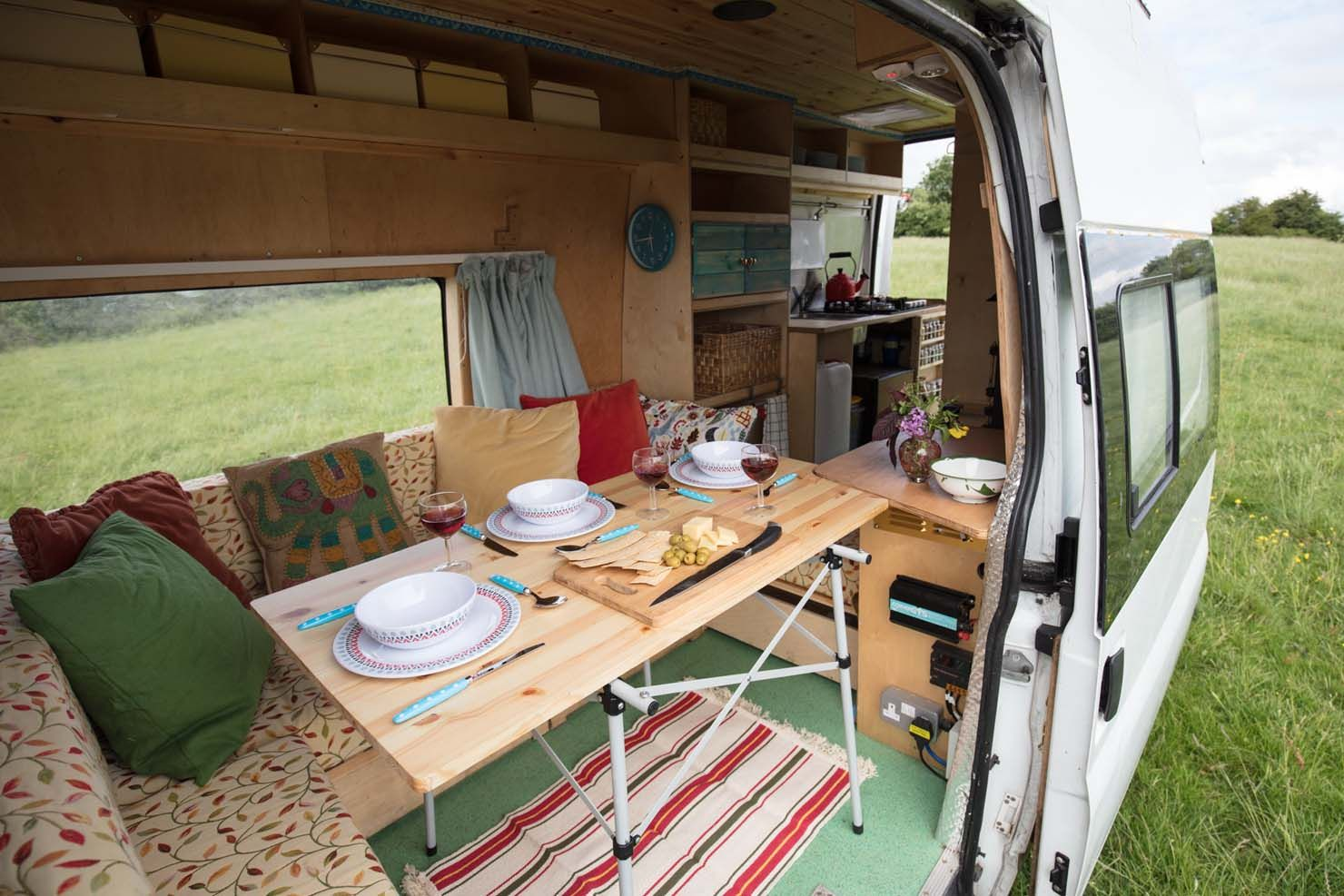 Clarence ⋆ Quirky Campers  Wohnen, Weiß, Wohnmobil