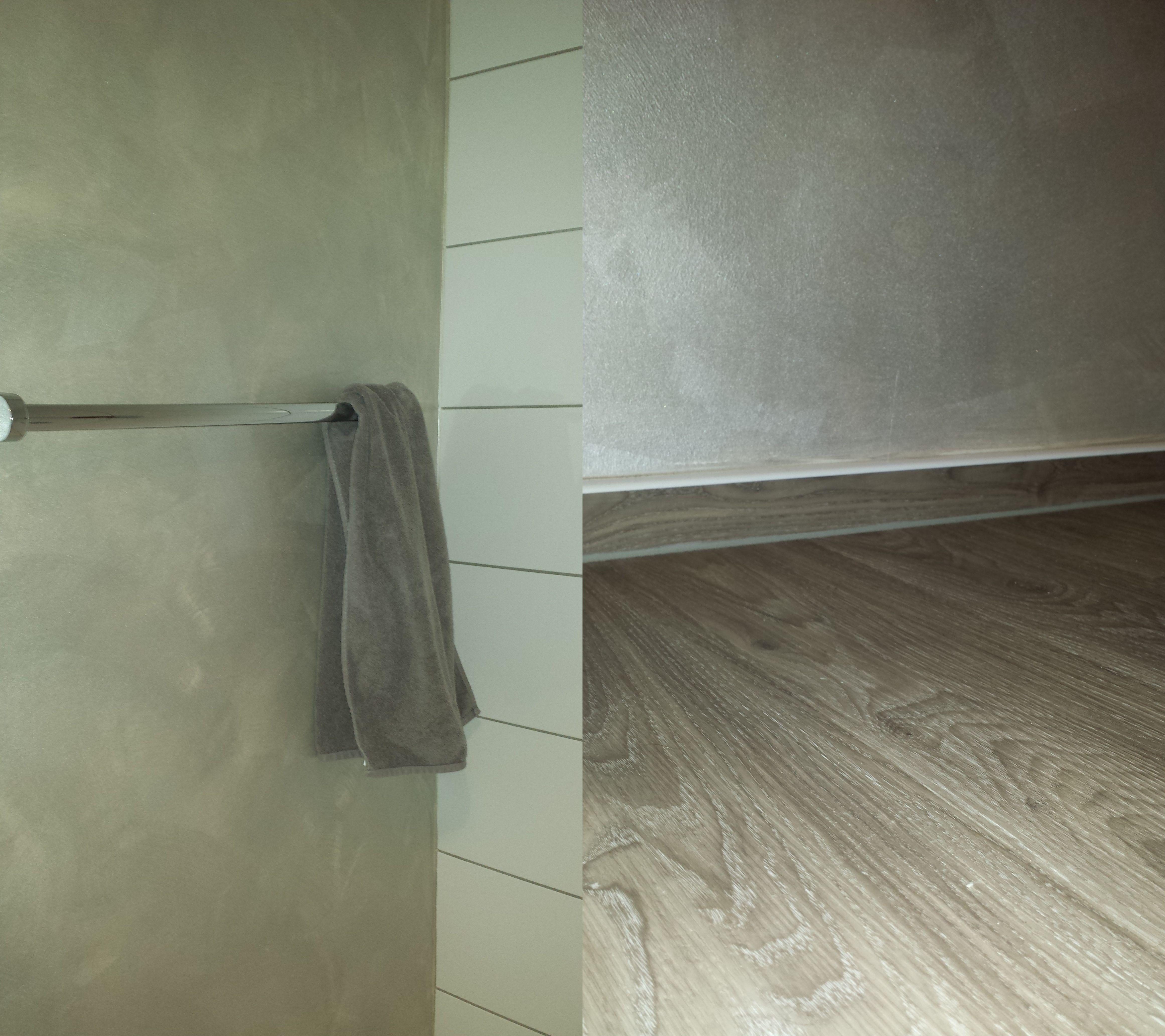 Badgestaltung Mit Gioia Effektfarbe Mit Perlmutt In Aktuellem Taupe Kombiniert Mit Einem Pflegeleichten Designbelag Tapete Grau Designbelag Badgestaltung