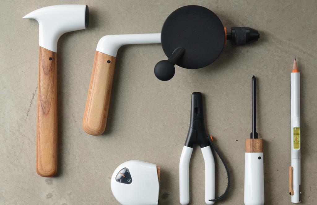 Enfin Des Outils Pour Le Bricolage Design Blog Deco Design Deco Design Le Manoosh Design