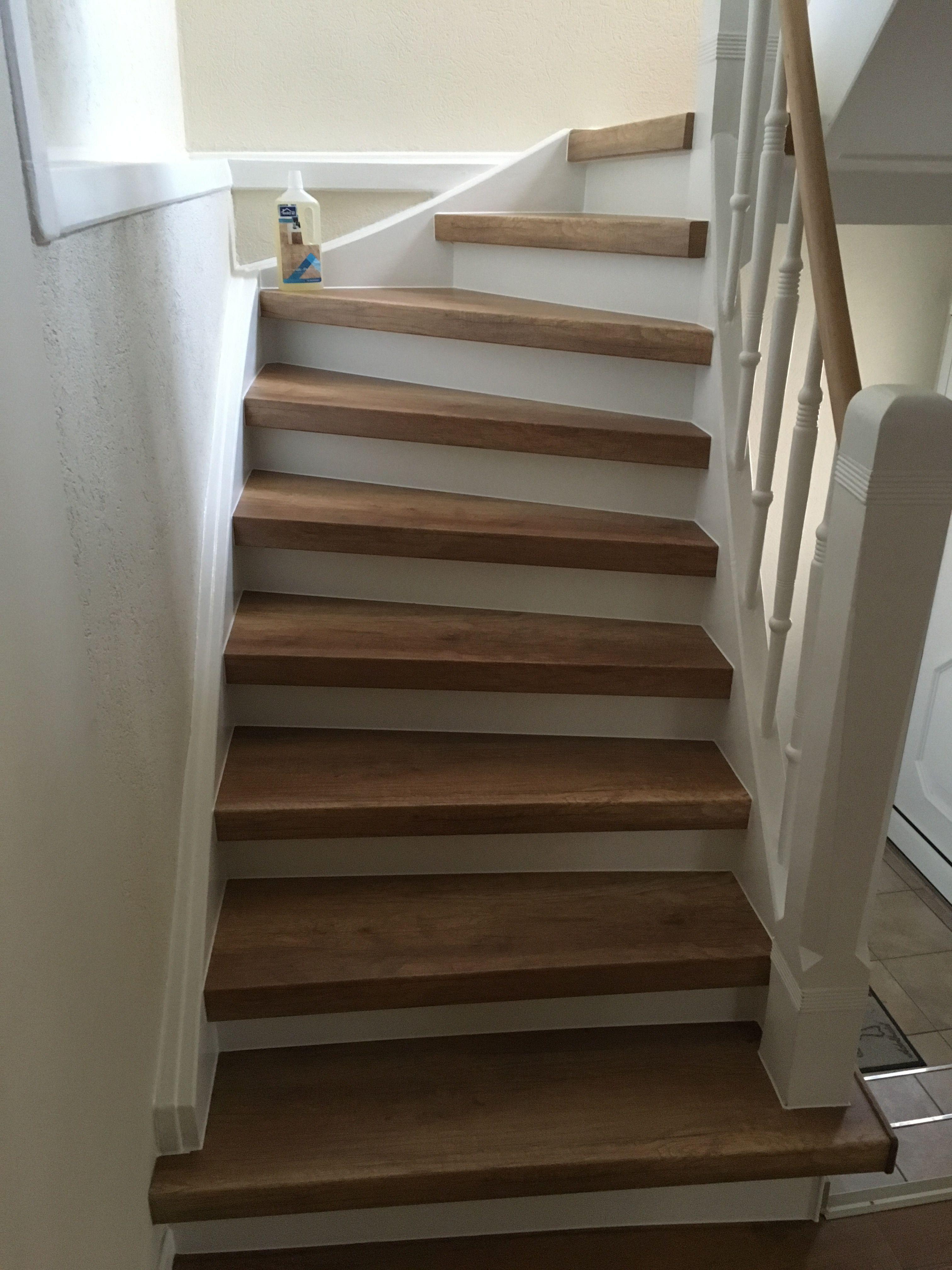 Attraktive Laminatstufen auf alter Holztreppe Alte Treppe neu