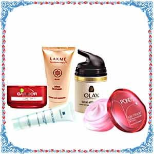 An assortment of multi branded cosmetics for that special sisters in your life. Send this age miracle solution to India to your sister through Rakhigiftstoindia24x7.com. You can also pair it with other Gift.    The Hamper contains -    Pond`s Age Miracle Overnight Repair Dream 50 ml,   Garnier Anti Wrincle Cream 40 gm,   Olay Total Effects 20 Gm ,  HYDRA MAX Eye Renewal Cream 15 gm,   Lakme Honey Glow Face Wash 50 gm.