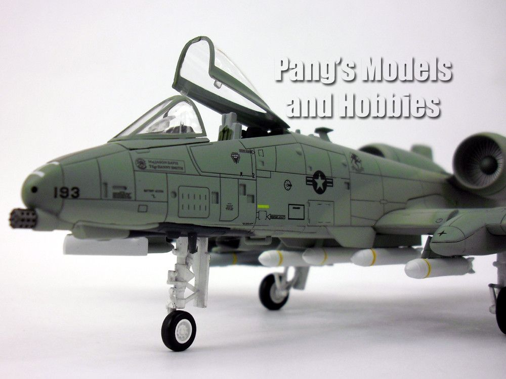 Fairchild Republic A-10 Thunderbolt II ( Warthog ) 1 72 Scale - how would you weigh a plane without scales