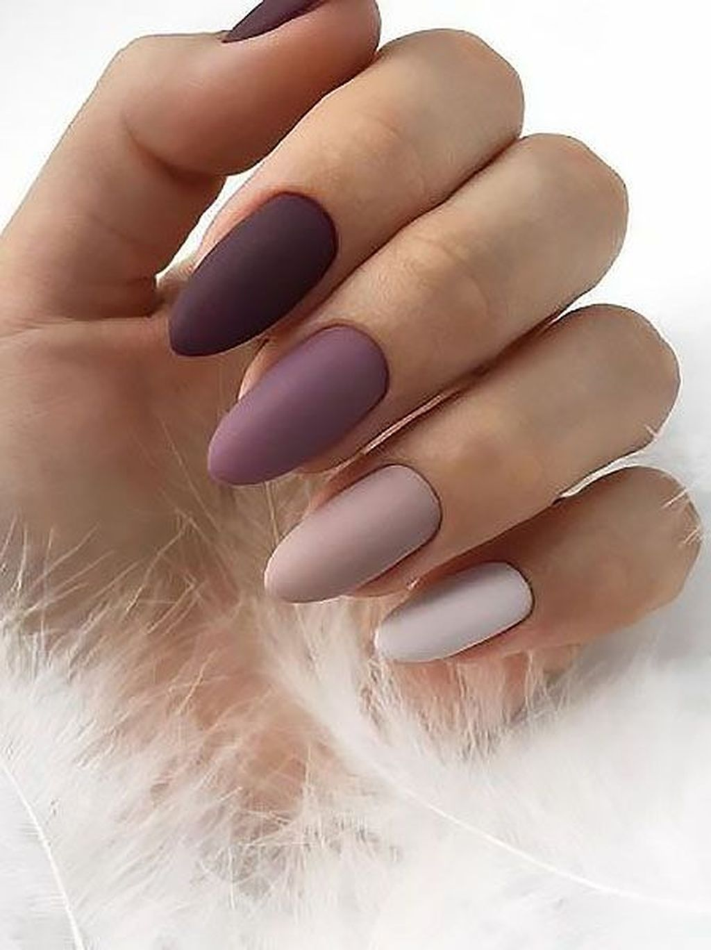 30 Inspiring Winter Nails Color Trend 2019 Bezowe Paznokcie