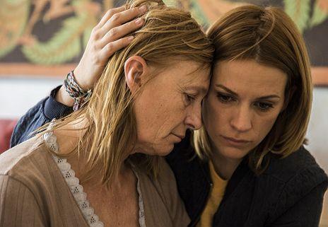 """Veerle Baetens & Marijke Pinoy in """"The Team"""""""