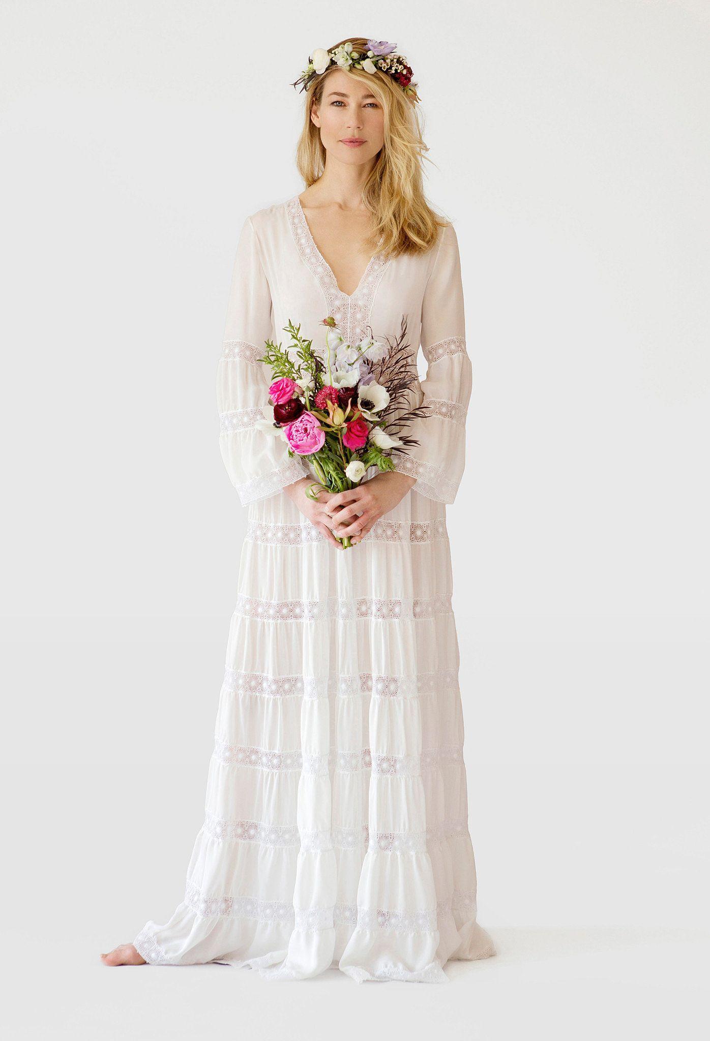 Bell Sleeves Wedding Dresses Hippie Outdoor Wedding Dress Trendy Wedding Dresses