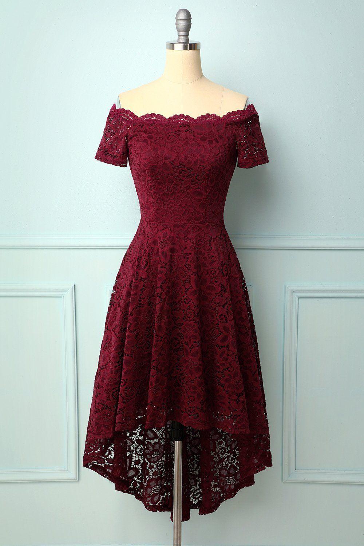 burgundy off die schulter kleid in 2020   brautjungfernkleid