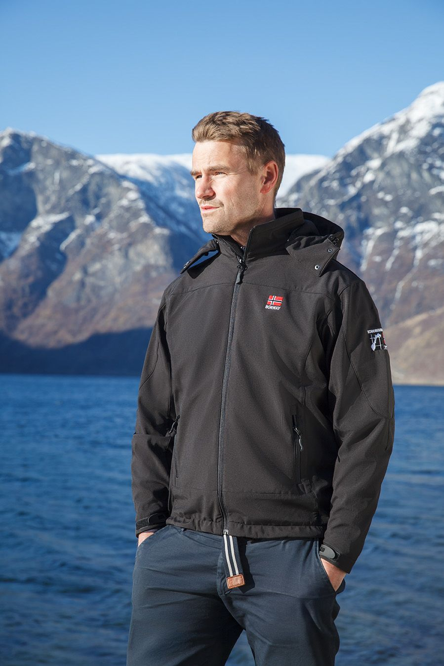 A Remake Of The Classic Black Softshell By Scandinavian Explorer Complete With The Norwegian Flag On The Chest And Black Logotype Get Yours Here Https Mall