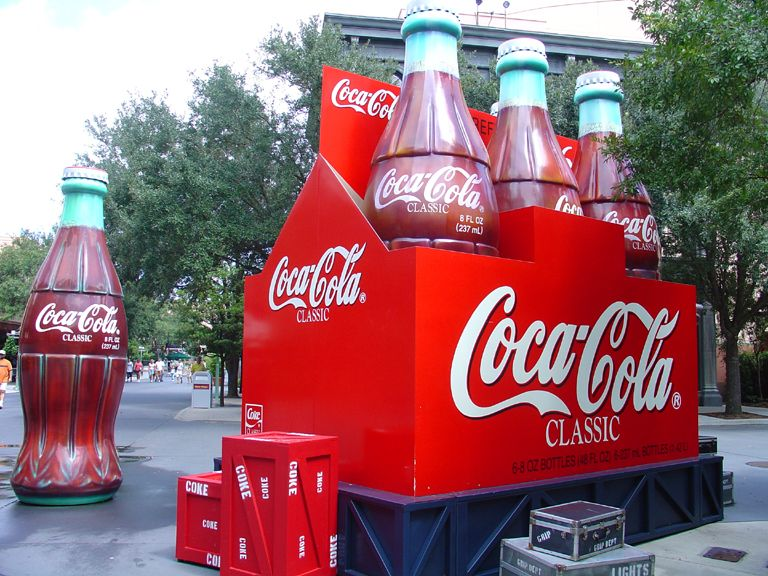 #cocacola #coke #bottles #giant