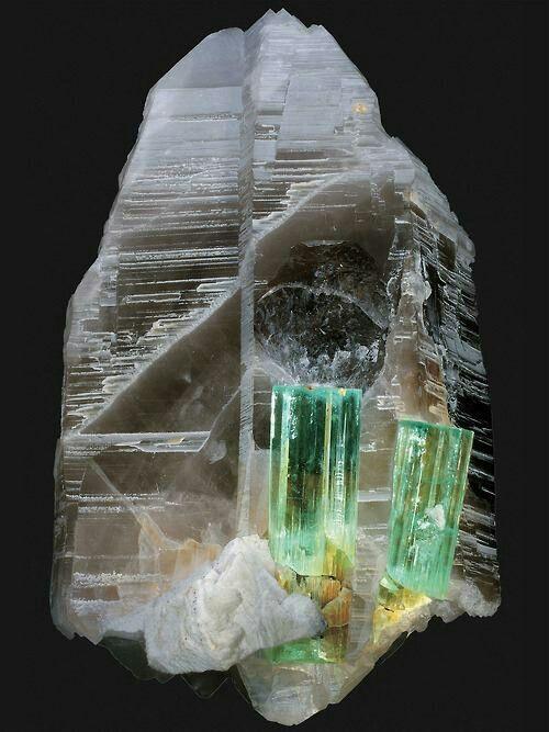 Aquamarine on quartz, Pakistan