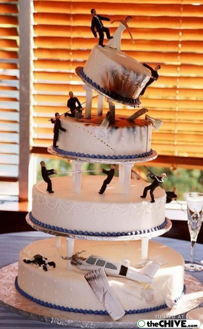 Funny Wedding Cake Pictures Including This Disaster