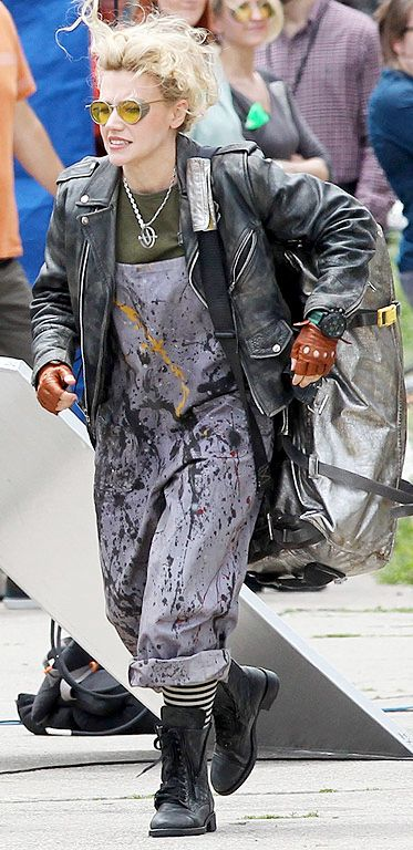 New Ghostbusters punk perfection wardrobe goals like GOD DAMN.