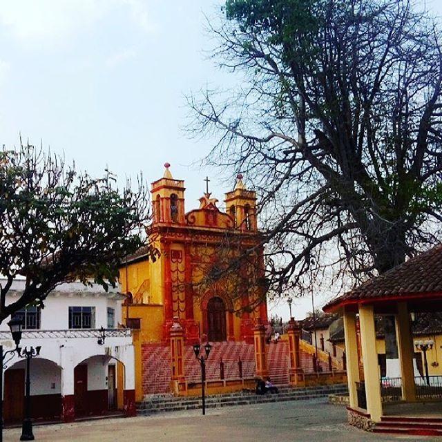 💒❤ #iglesia #sancaralampio #comitánmágico #asíes_comitán #tatalampo #comitanchiapas #vivechiapas #chiapasionate #sky #colonial #pueblomagico #likeforlike