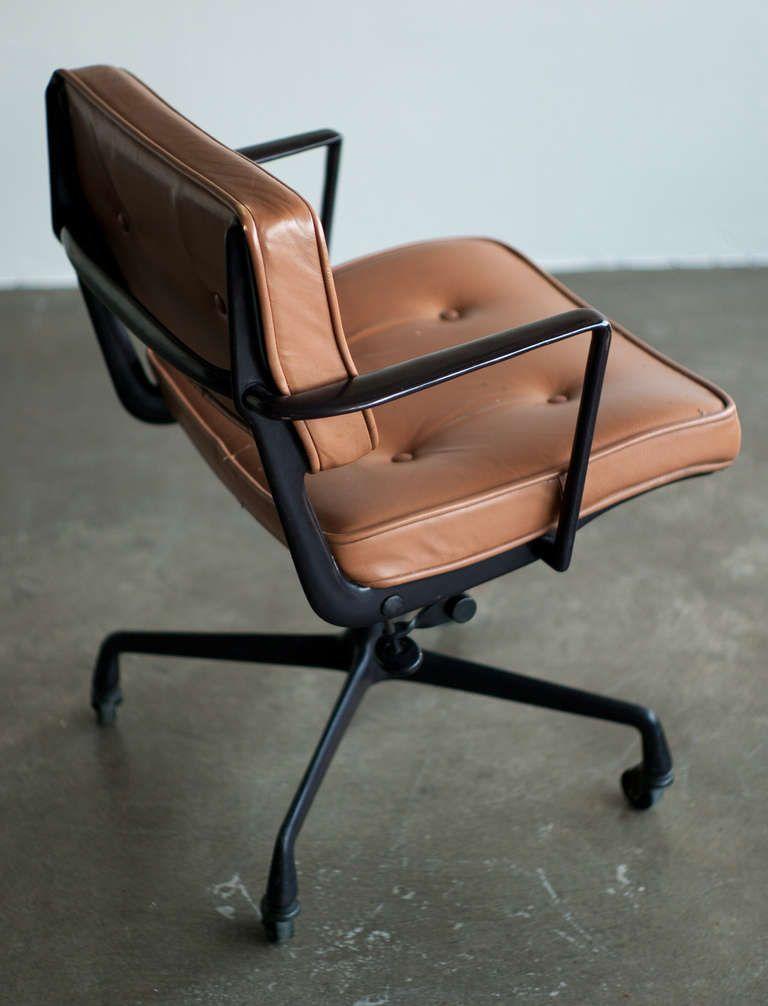 rare charles ray eames for herman miller intermediate desk chair image 3 arbeitsbereicheproduktdesignmoderne brosschreibtischsthlembeldesignlounge - Herman Miller Schreibtischsthle