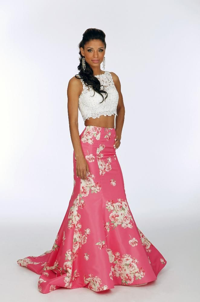 Valerie Spencer, a new character on ABC's General Hospital, killed it in this floral crop top dress at the Nurses' Ball!
