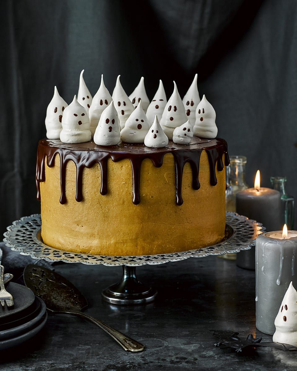 Meringue ghosts for Halloween Recipe Celebration cakes