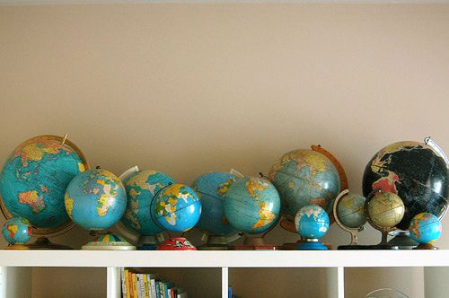 And I thought I had several globes - nothing like Lovelydesign - every time I look at this image, it makes me happy (and maybe miss the globes being in my living room).